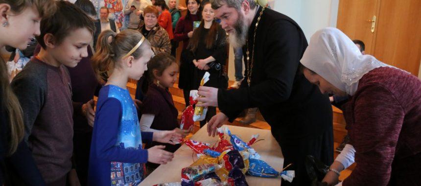 Детский праздник на Рождество Христово