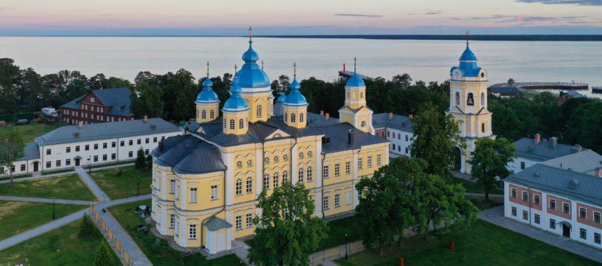 Патриарший визит в Коневской монастырь.